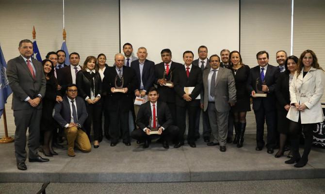 Tres empresas adherentes del IST reciben Premio Tucapel González García 2016