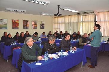 Empresa Proacer capacita a trabajadores en materia de seguridad