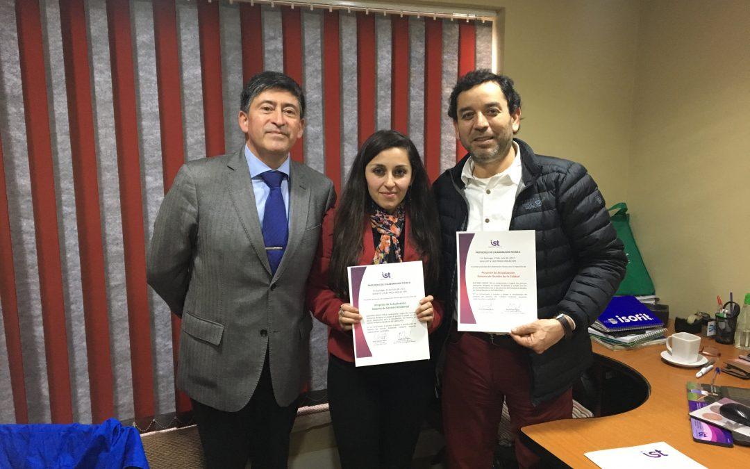 Eléctrica Arelec firmó protocolos de Sistemas de Gestión Ambiental y Calidad