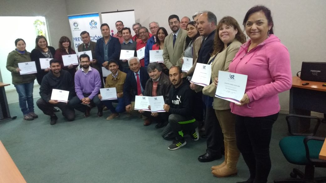 IST CAPACITA A FUNCIONARIOS MUNICIPALES DE SAN ANTONIO