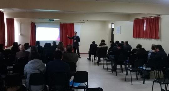 Colegios municipales de Valdivia se reúnen con IST
