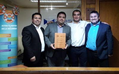 IST reconoce a Ultramar Puerto Chacabuco por su compromiso con el cuidado de la vida