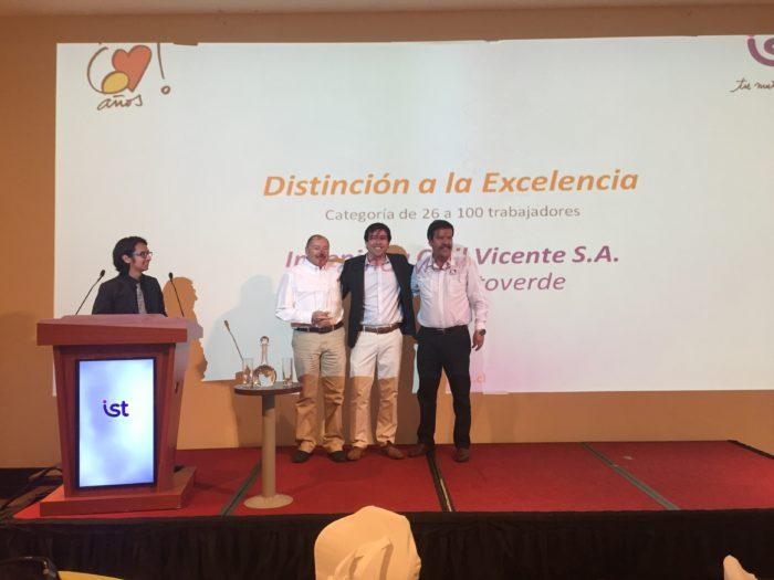 Distinción a la Excelencia (26 a 100 trabajadores) - Ingeniería Civil Vicente, Faena Mantoverde