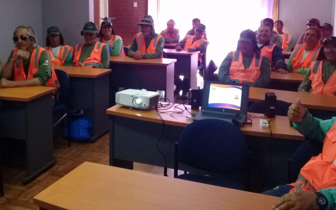 Trabajadores de Alto Jardín se capacitan en prevención de incendios